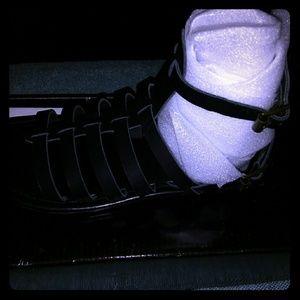 Colin Stuart black sandals